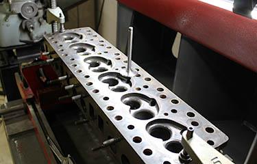 Motorentechnik Maubach Zylinderkopfbearbeitung